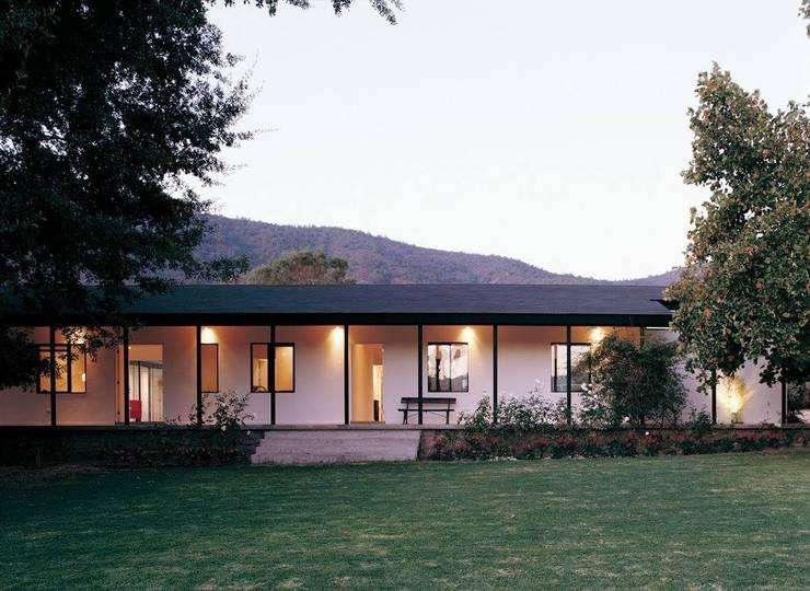Proyectos bioclimáticos: Casas de estilo  por Arquitecto Sergio Capua,