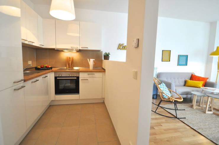 Projekty,  Kuchnia zaprojektowane przez Karin Armbrust - Home Staging
