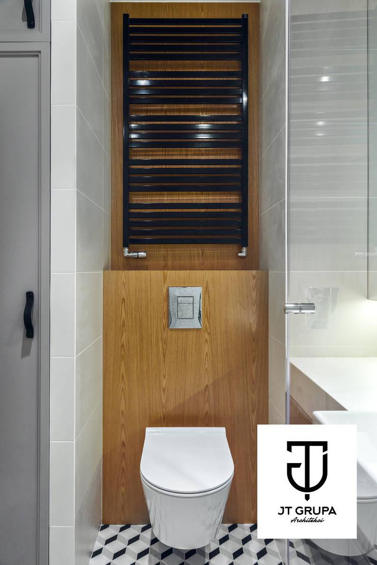 GDAŃSK – Mieszkanie wakacyjne: styl , w kategorii Łazienka zaprojektowany przez JT GRUPA,Eklektyczny