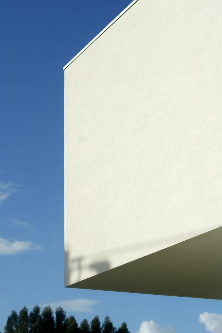 PP House:   por Fernando Grave Arquitecto