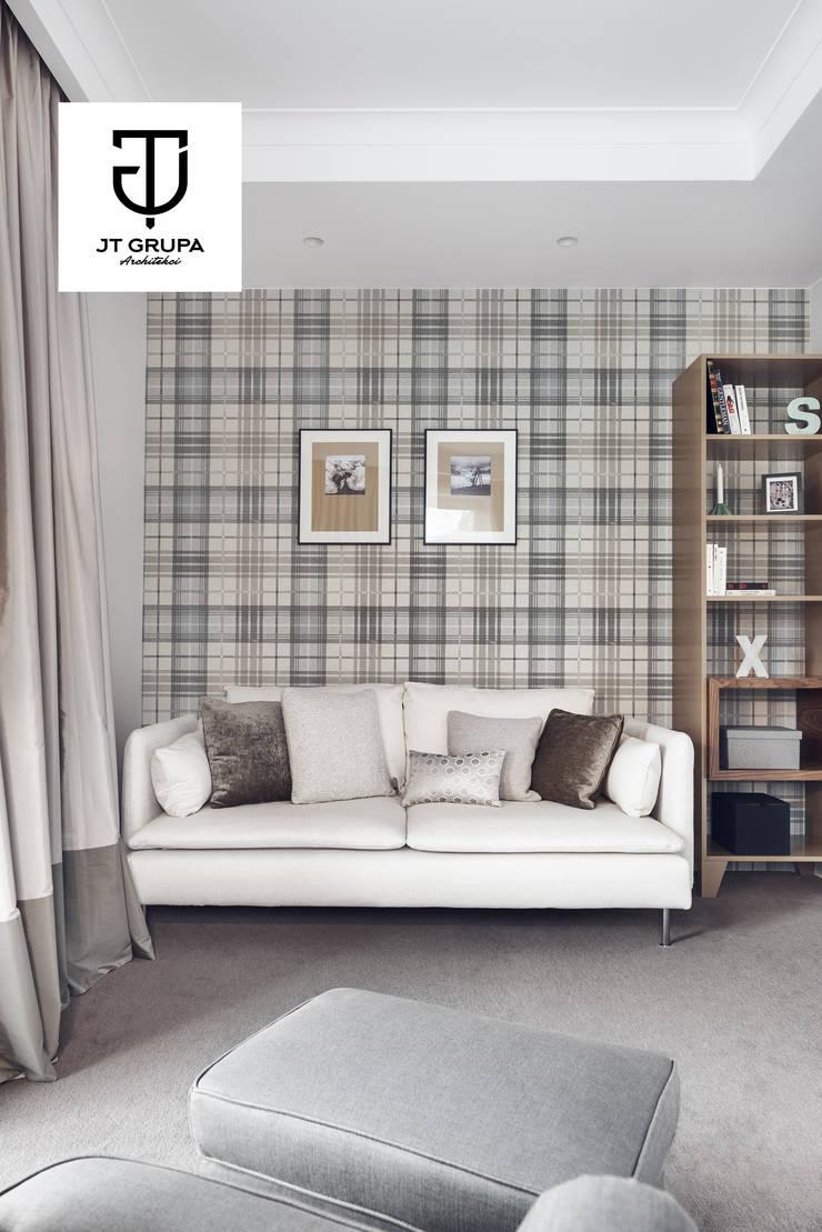 Gdańsk – Apartament nad zatoką: styl , w kategorii Domowe biuro i gabinet zaprojektowany przez JT GRUPA,Klasyczny