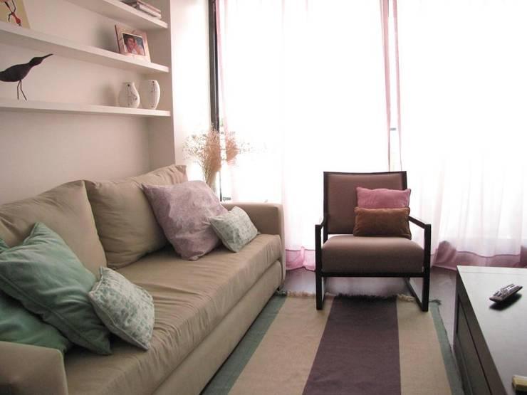 cortinas: Hogar de estilo  por MS DECO