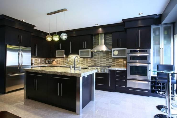 Kitchen Designs:  Kitchen by Home Decor Expert