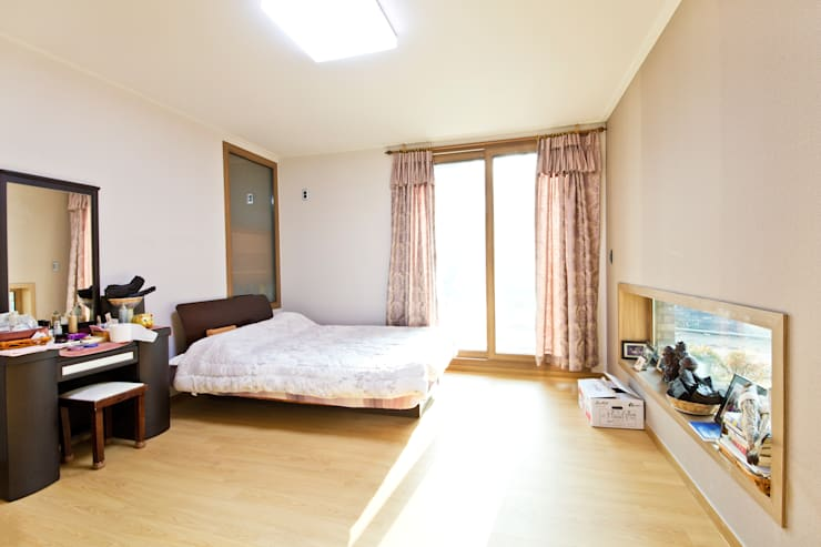 Projekty,  Sypialnia zaprojektowane przez GongGam Urban Architecture & Construction
