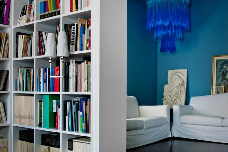 Estudios y despachos de estilo  por Studio Carlo Dal Bianco