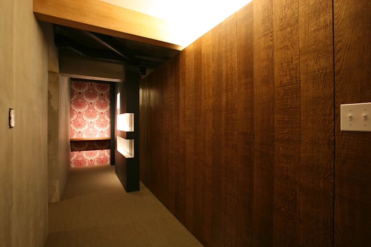 アフタ―・玄関: 戸田晃建築設計事務所が手掛けたです。