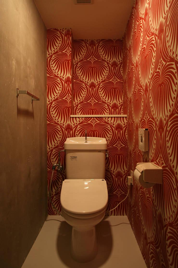 アフター・トイレ: 戸田晃建築設計事務所が手掛けたです。