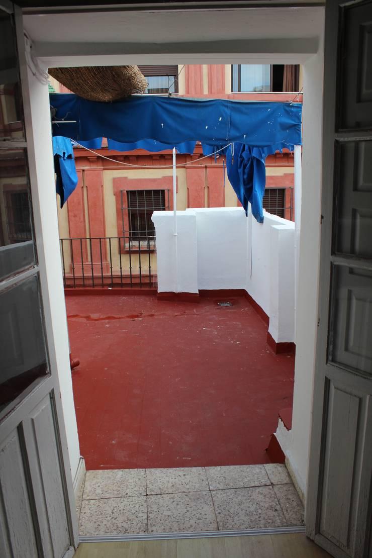 Antes de la Reforma Hoteles de estilo mediterráneo de Inuk Home Studio Mediterráneo