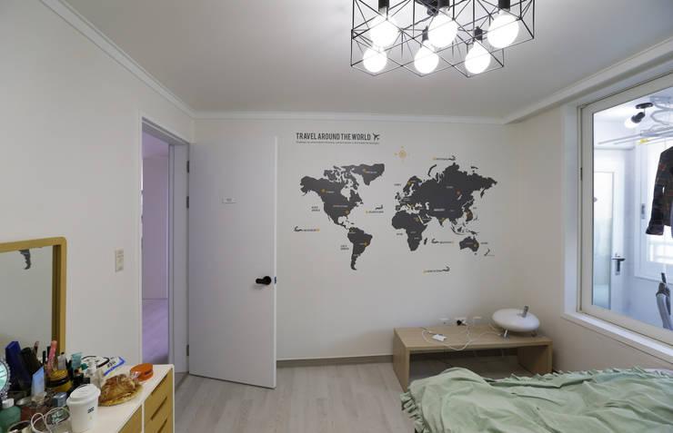 인천 삼산동 산삼타운 21평 : 금화 인테리어 의  침실