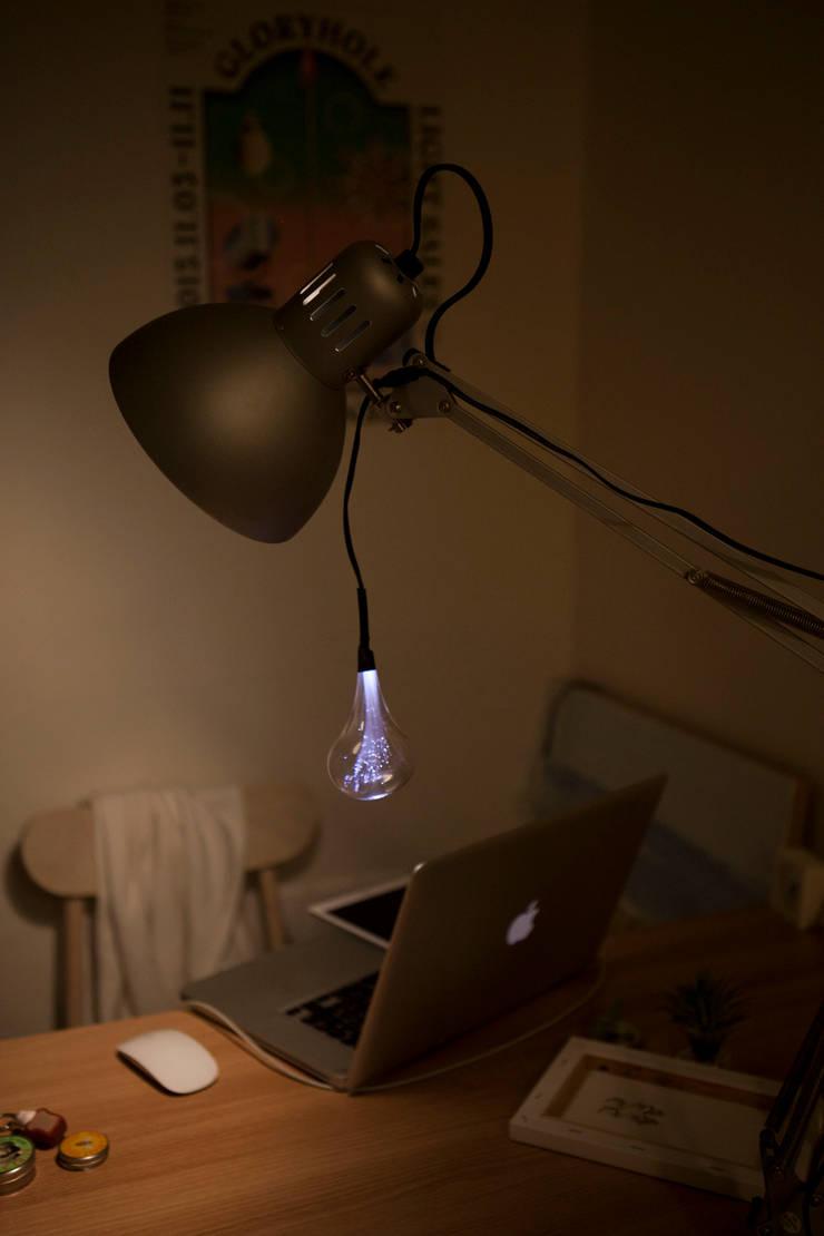꼬리유령Tail ghost : 글로리홀 GLORYHOLE LIGHT SALES의  침실,