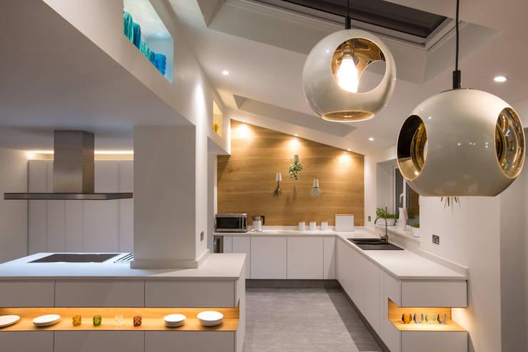 Scandinavian living space & kitchen design: modern Kitchen by Northern Backdrop Interior Design