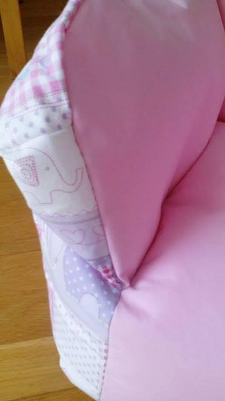 """Puff pequeno """"elefantes"""": Quarto de crianças  por Textilpuff"""