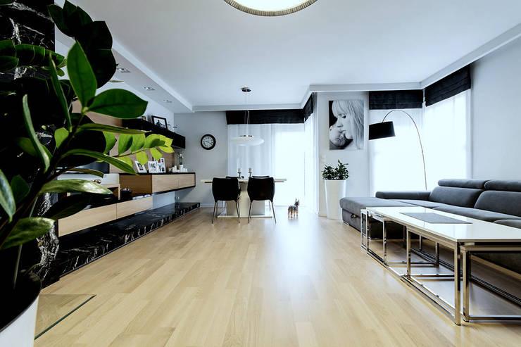 WNĘTRZA: styl , w kategorii Salon zaprojektowany przez STUDIO ROGACKI,Nowoczesny