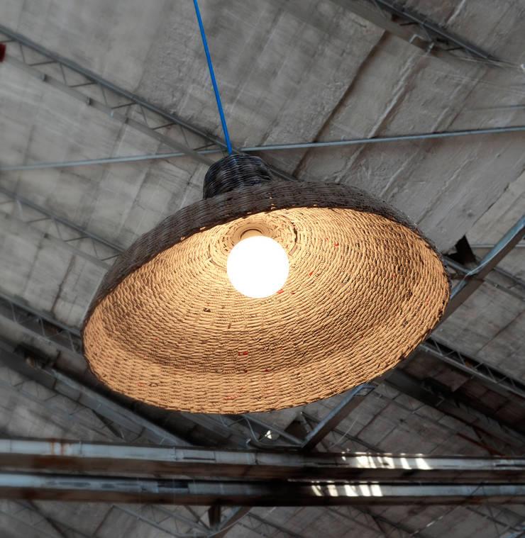 Fabrykantka: styl , w kategorii Sypialnia zaprojektowany przez Barbórka Design