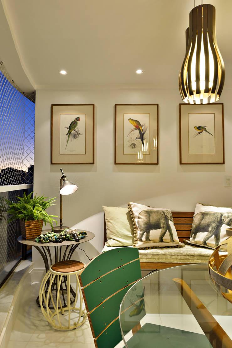 Apartamento FL: Terraços  por Bastos & Duarte