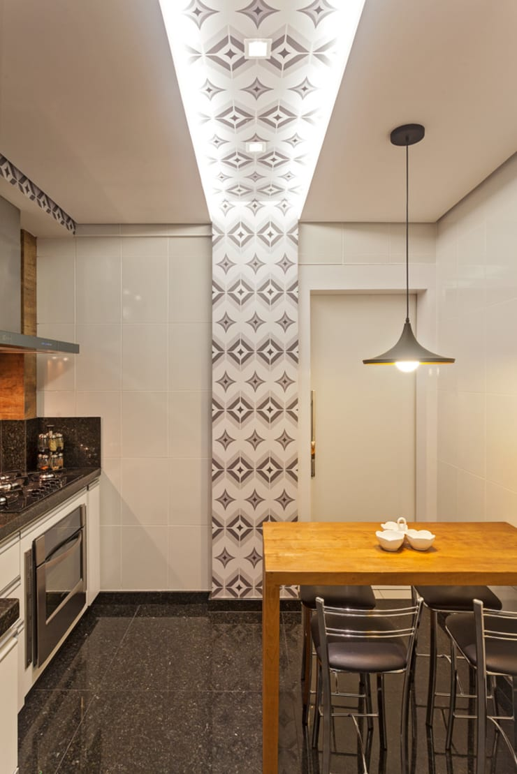 Apartamento Jovem Casal: Cozinhas  por Laura Santos Design,Moderno