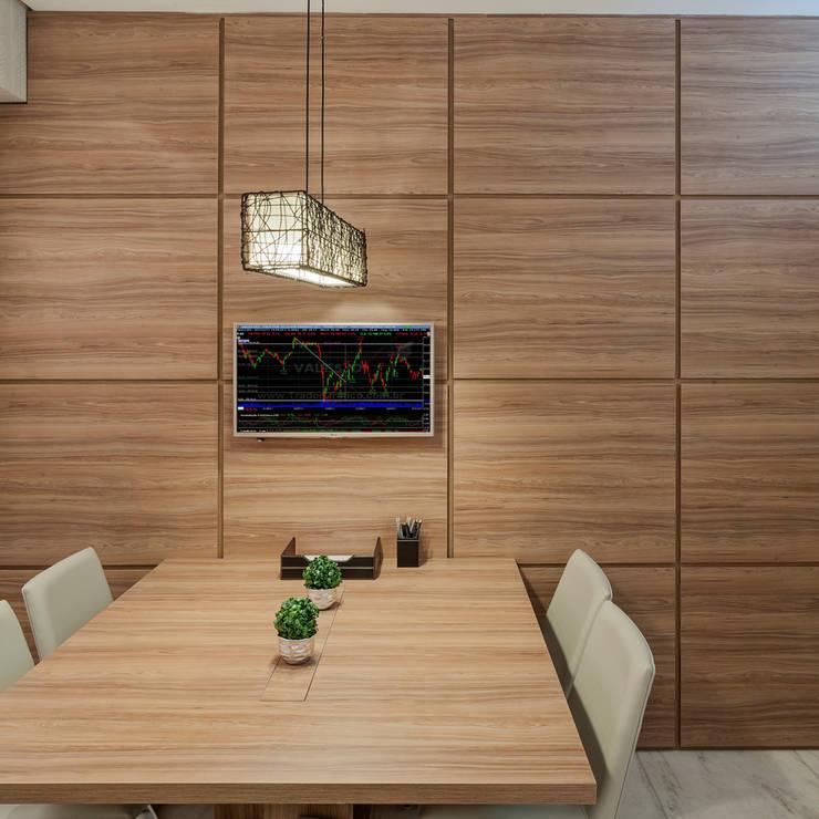 Empresa de Consultoria Financeira Espaços comerciais modernos por Laura Santos Design Moderno