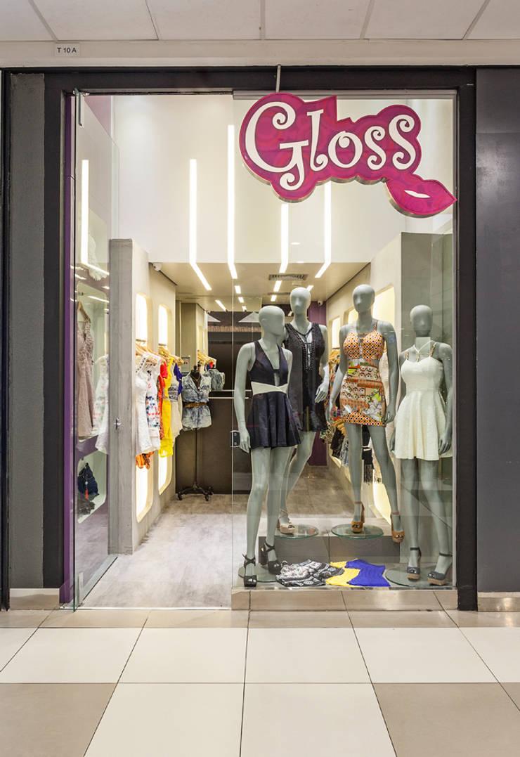 Loja de Roupas - Shopping: Lojas e imóveis comerciais  por Laura Santos Design