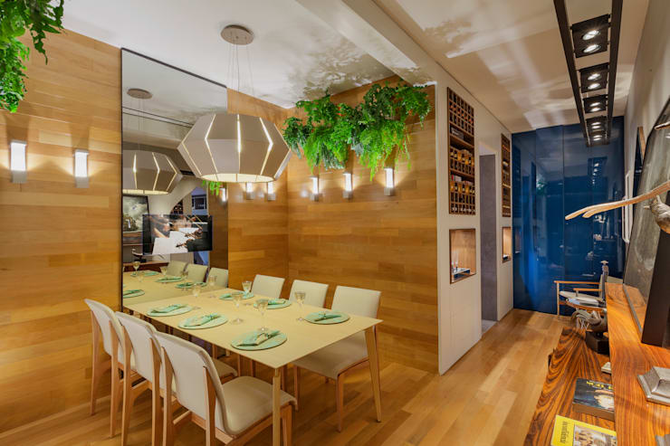 Mostra - Casa Cor Minas - Sala de Jantar e Adega: Salas de jantar  por Laura Santos Design,Moderno