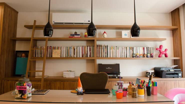 Escritório - MEM Arquitetura: Escritórios  por MEM Arquitetura