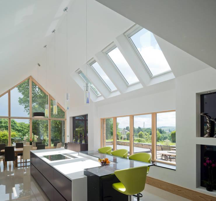 modern Kitchen by Diane Berry Kitchens