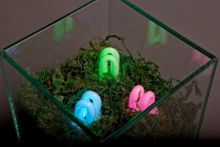 RGB Land: 글로리홀 GLORYHOLE LIGHT SALES의  거실,