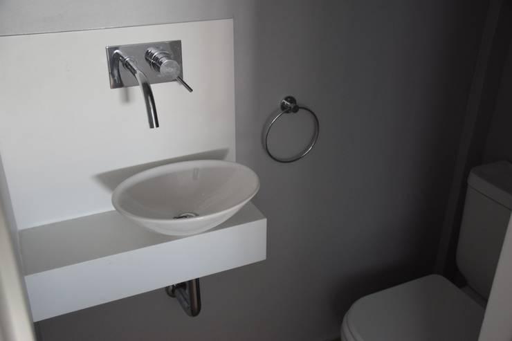 Baños de estilo  por Mercedes Milesi