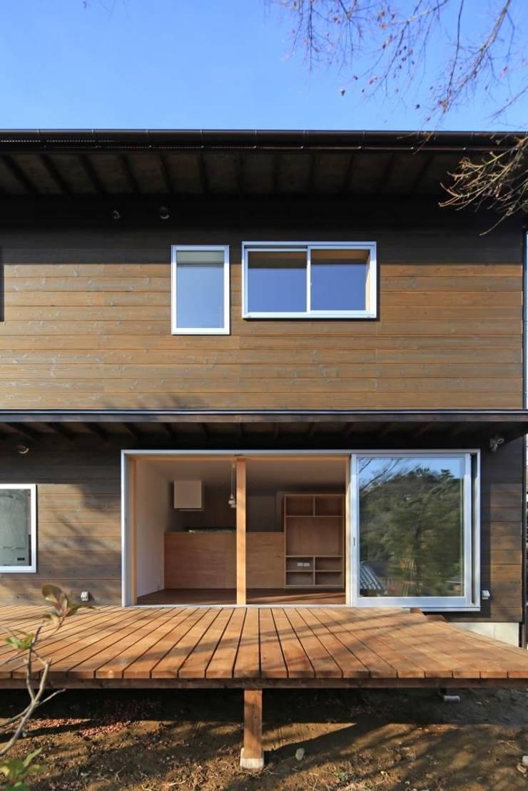 LDK(親世帯): 早田雄次郎建築設計事務所/Yujiro Hayata Architect & Associatesが手掛けた家です。,