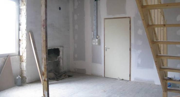 Rénovation d'un duplex prêt de Nantes: Chambre de style  par Uniq intérieurs