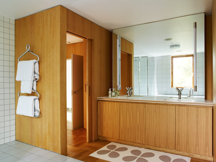 Bathroom by Holloways of Ludlow Bespoke Kitchens & Cabinetry