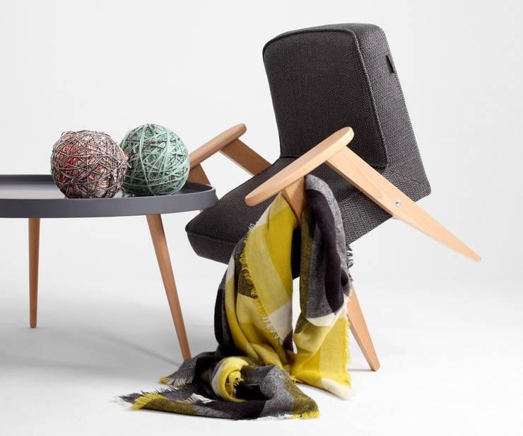 Fotel Ludwik: styl , w kategorii  zaprojektowany przez onemarket.pl,Skandynawski Drewno O efekcie drewna