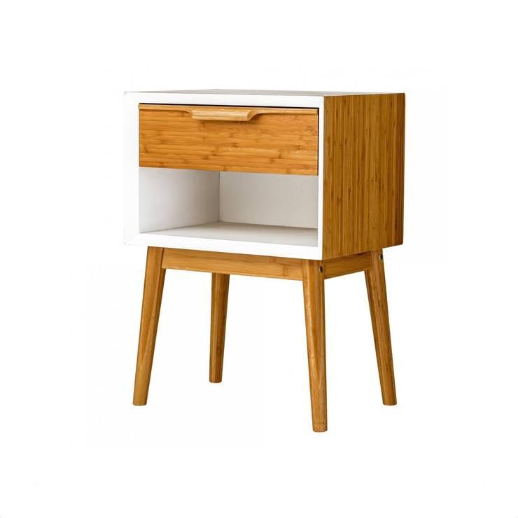 Komoda szafka nocna ROOM: styl , w kategorii  zaprojektowany przez onemarket.pl,Skandynawski Drewno O efekcie drewna