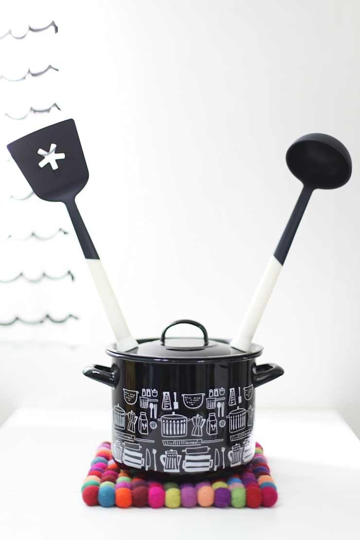 KitchenIcicle: Quantumby Inc.의  주방,