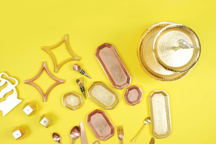 Octagon tray & Cutlery: Quantumby Inc.의  주방