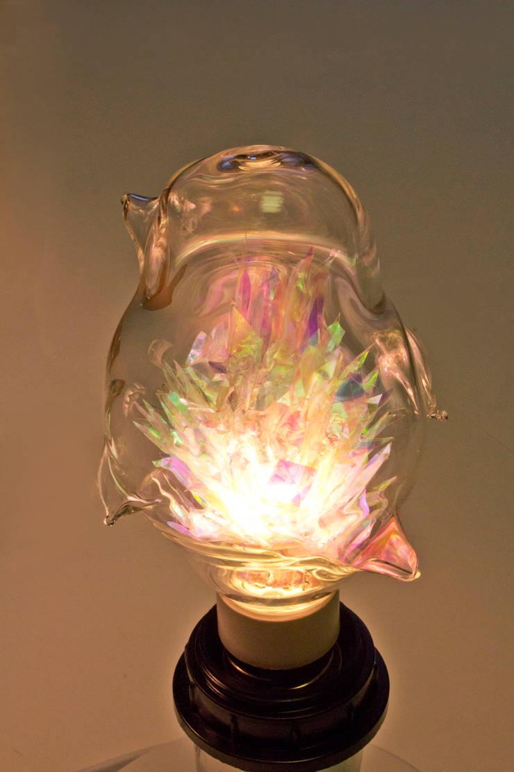 새 모양의 동굴전구(물이끼ver): 글로리홀 GLORYHOLE LIGHT SALES의  침실,