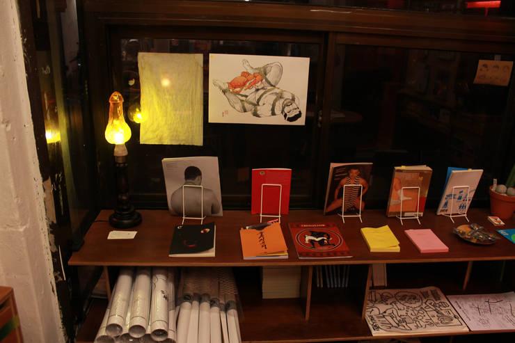 클리포드의 불꽃 : 글로리홀 GLORYHOLE LIGHT SALES의  서재/사무실