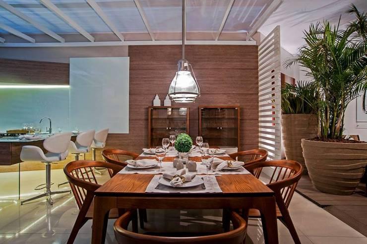 Cozinha Gourmet : Salas de jantar  por M.A.I.S. - Management. Architecture.Interior. Solutions
