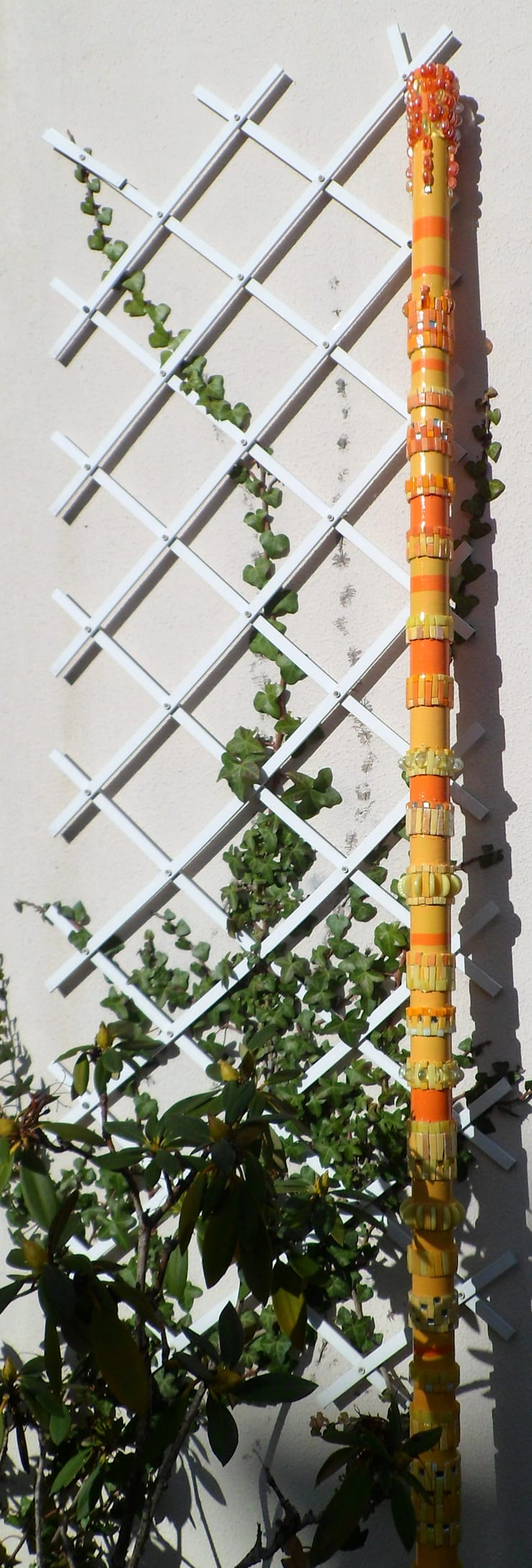 TOTEM INDOOR: Terrasse de style  par Lechevallier stephanie