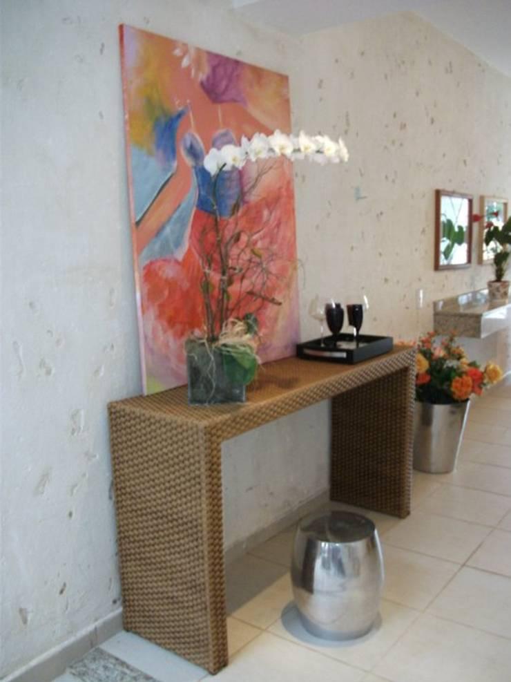 Flat: Salas de estar  por Renata Prata Studio,