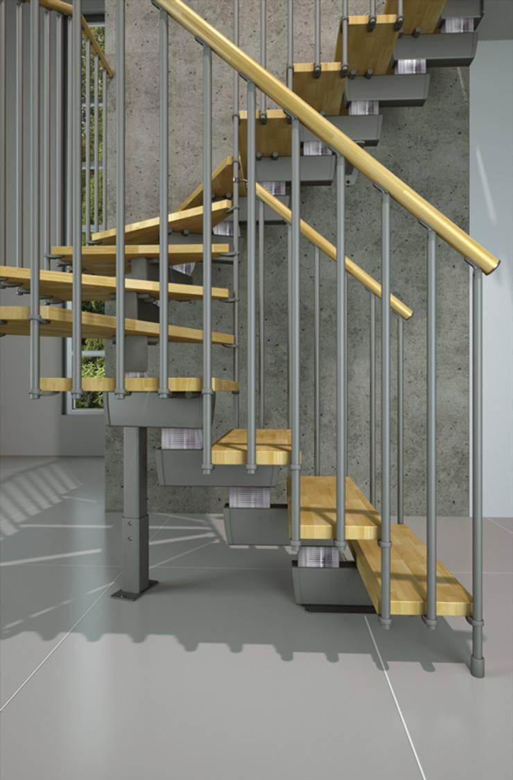 Detalle de barandal : Vestíbulos, pasillos y escaleras de estilo  por Rintal