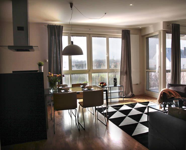 Salon: styl , w kategorii Salon zaprojektowany przez Mhomestudio
