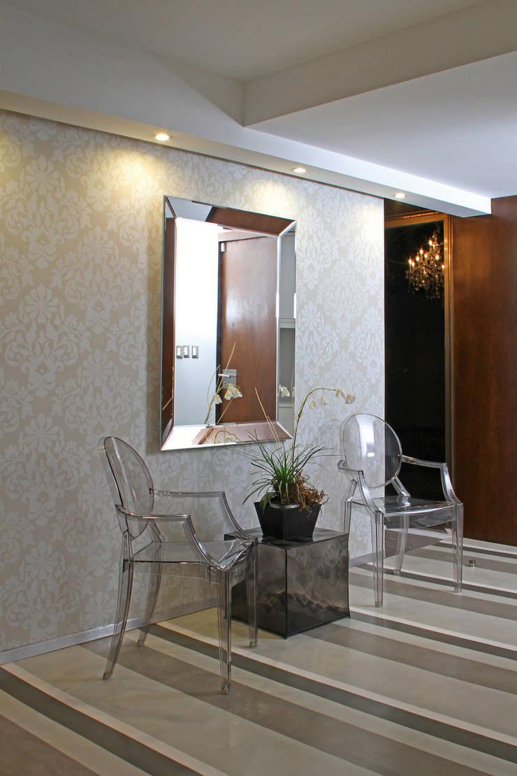Casa Begalg : Salas de estilo  por DIN Interiorismo