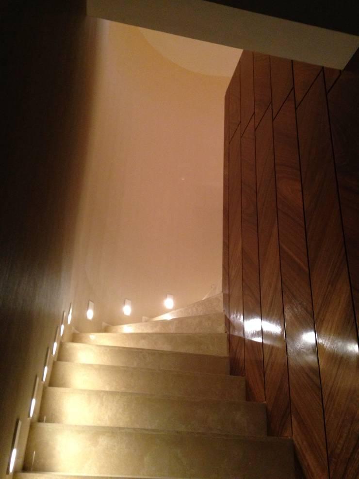 PH – LA ARBOLADA: Salas / recibidores de estilo  por PA - Puchetti Arquitectos
