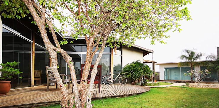 Casa Albuquerque: Terraços  por Marcus Leão Arquitetura