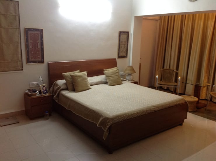 Revamp of Master Bedroom of a 3bhk Apartment:  Bedroom by Global Associiates,Classic
