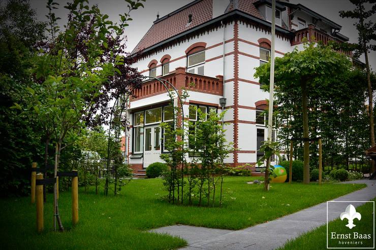 Ernst Baas Hoveniers B.V. / Ernst Baas Tuininrichting B.V.:  tarz Bahçe