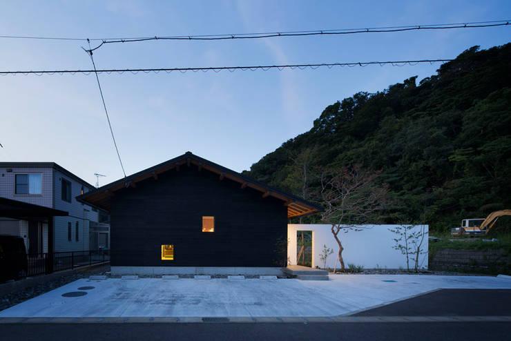 平屋に住まう: TRANSTYLE architectsが手掛けた家です。,