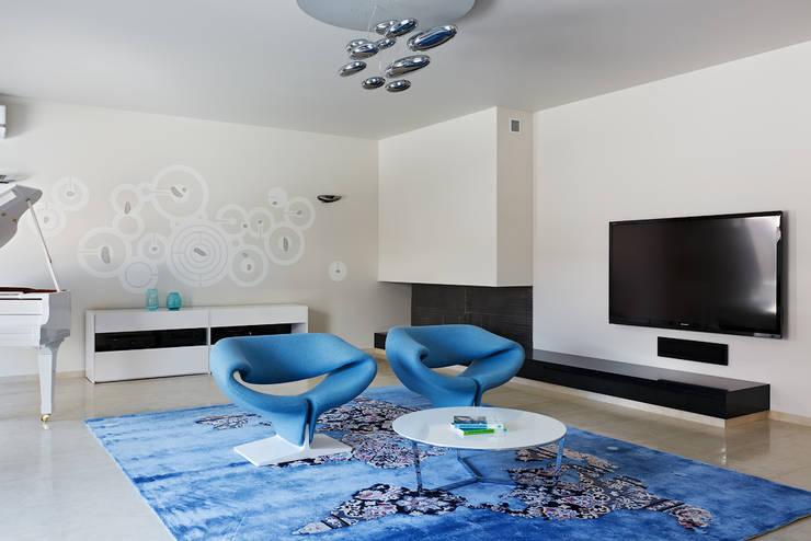 Salas / recibidores de estilo  por Анна и Станислав Макеевы
