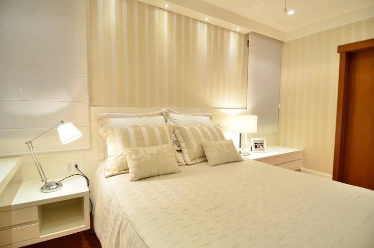 Dormitorios de estilo  por Stúdio Márcio Verza