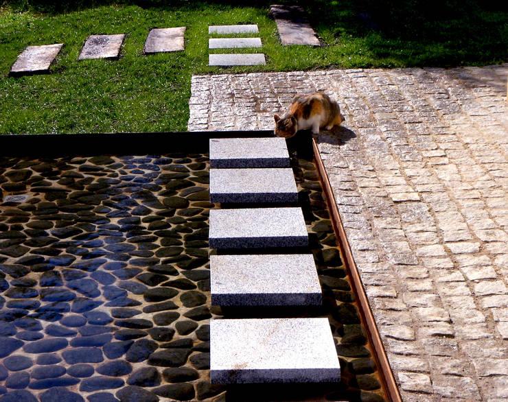 Taman by Atelier Jardins do Sul